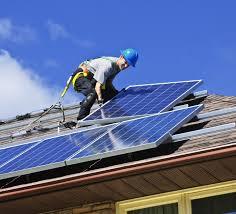 comment poser un panneau solaire