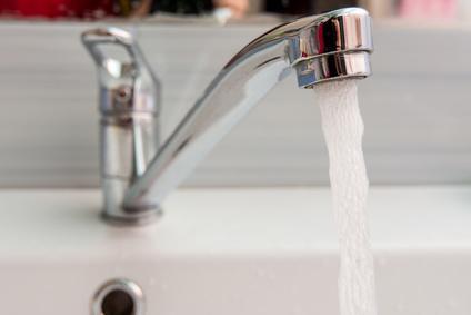Comment calculer la production d'eau chaude sanitaire d'une maison ?