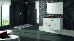Quel carrelage pour avoir une salle de bain plus spacieux ?
